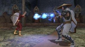 12 personajes clasicos de la serie de Mortal Kombat aparecieron en el ultimo titulo junto con 12 superheroes del universo de Dc comics.