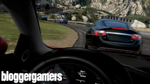 Hasta ahora se podria decir, que Need for Speed Shift posee la camara interna mas esplendorosa que se ha visto hasta ahora en un titulo de conduccion, pues Forza 3 promete derrocarla ofreciendo una mucho mas impactante