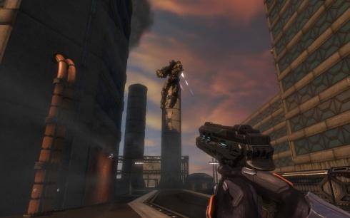 La variedad de enemigos en verdad resulta lamentable, ya que todo el tiempo nos encontraremos con esa misma clase que aparece en esta imagen y con un mismo robot de gran tamaño