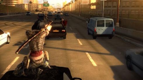 De vez en cuando el videojuego nos pondra a prueba con Quick Time Events, lo que es grandemente demostrado durante las persecuciones sobre vehiculos